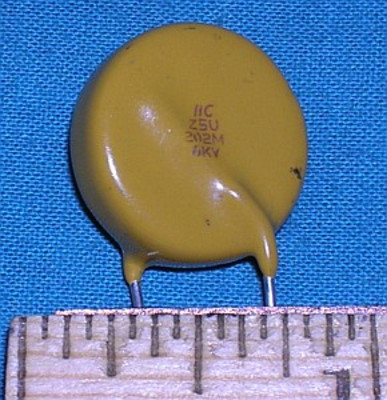 Capacitor, Ceramic 2000pF 6kV - disc