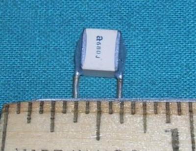 Capacitor, Ceramic 68pF 2500V - ATC RF
