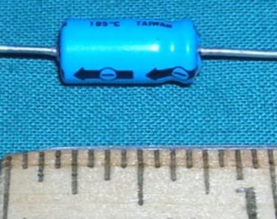 Capacitor, 10uF 25V - Electrolytic