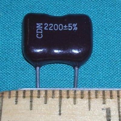 Capacitor, 2200pF 500V