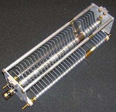 Capacitor, 11pF - 68pF 3.0kV x 23pF - 212pF 3.0kV (9500 TUNE)